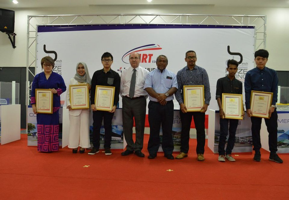 THE WINNERS: A group photo of the 6 top winners with Marcus Karakashian, MRT Corp's Project Director for the SBK Line and MGKT Director, Maslan Othman (Fifth and fourth from right respectively)