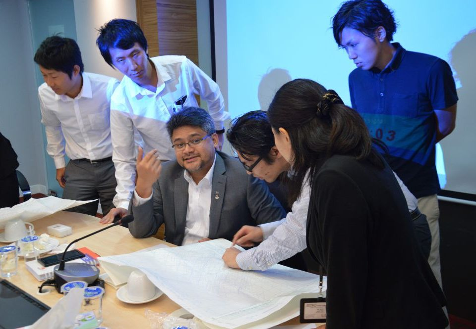 INDEPTH ANALYSIS: The delegation from the Japanese External Trade Organisation (JETRO) explaining to Mass Rapid Transit Corporation Operations and Assets Management Director, Encik Mahmood Abdul Razak (third from left), the technical analysis of routes at Japanese railway stations.