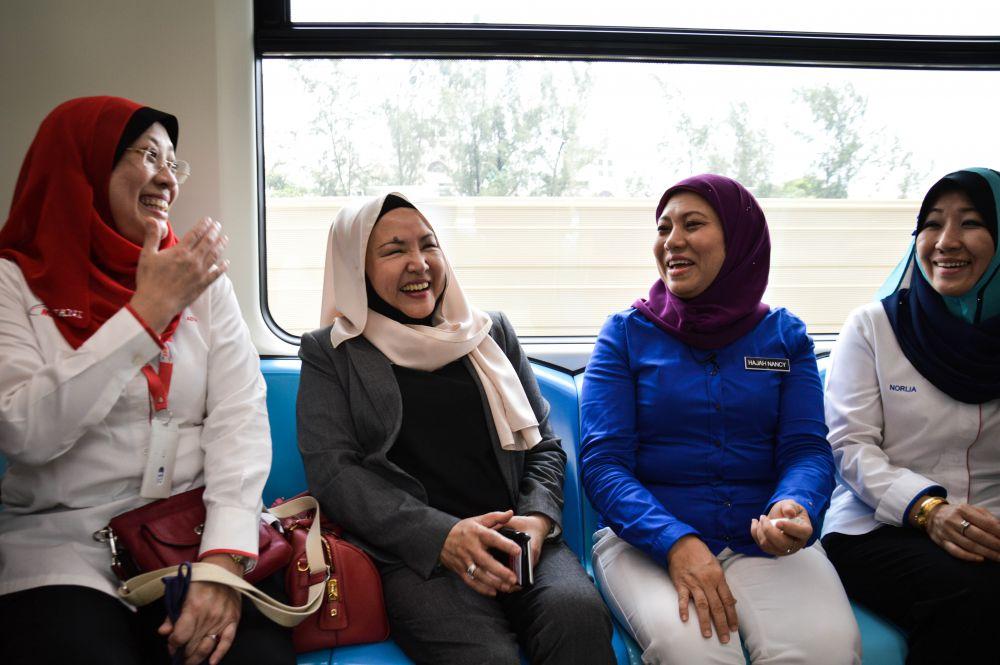 kajang single girls The largest kajang brides girls matrimony website with lakhs of kajang brides girls matrimonial profiles, shaadi is trusted by over 20 million for matrimony find.