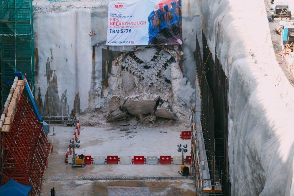 MRT-Corp-Events-January-2019-First-TBM-Breakthrough-For-The-MRT-SSP-Line-6-Large-1024x683