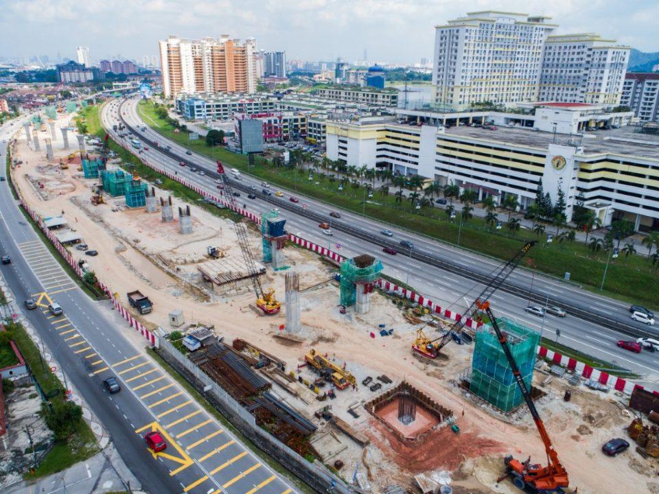 Pandangan udara tapak Stesen MRT Serdang Raya Selatan.