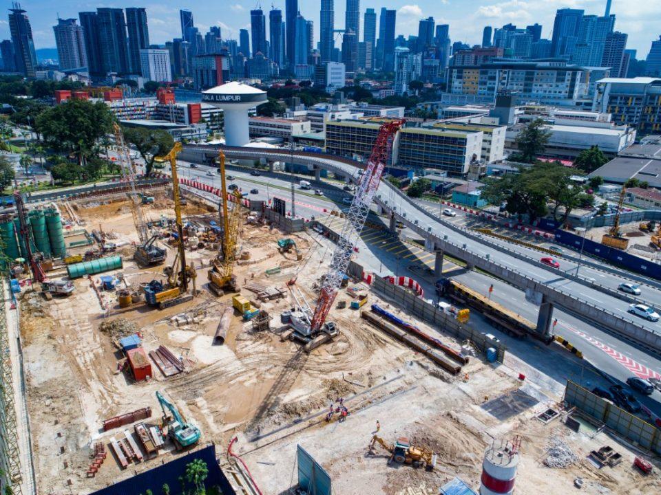 keseluruhan tapak pembinaan Stesen MRT Hospital Kuala Lumpur.