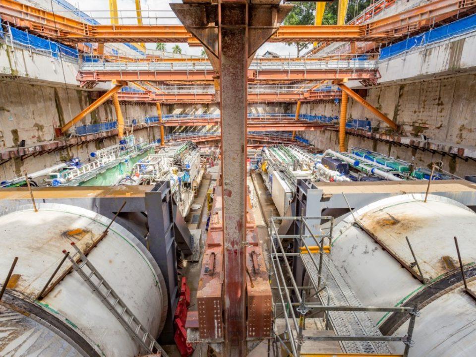 Kerja-kerja pelancaran Mesin Pengorek Terowong di Syaf Penyelenggaraan 1