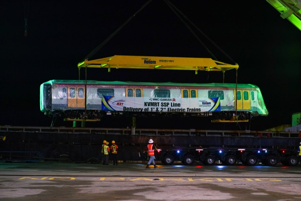 MRT-Corp-Events-May-2019-ARRIVAL-OF-SSP-LINE-FIRST-TWO-COMPLETELY-BUILT-UP-ELECTRIC-TRAINS-2-1024x683