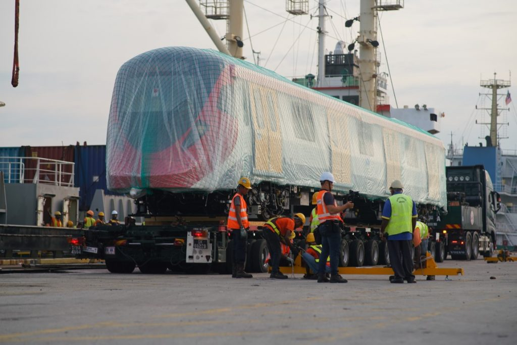 MRT-Corp-Events-May-2019-ARRIVAL-OF-SSP-LINE-FIRST-TWO-COMPLETELY-BUILT-UP-ELECTRIC-TRAINS-4-1024x683
