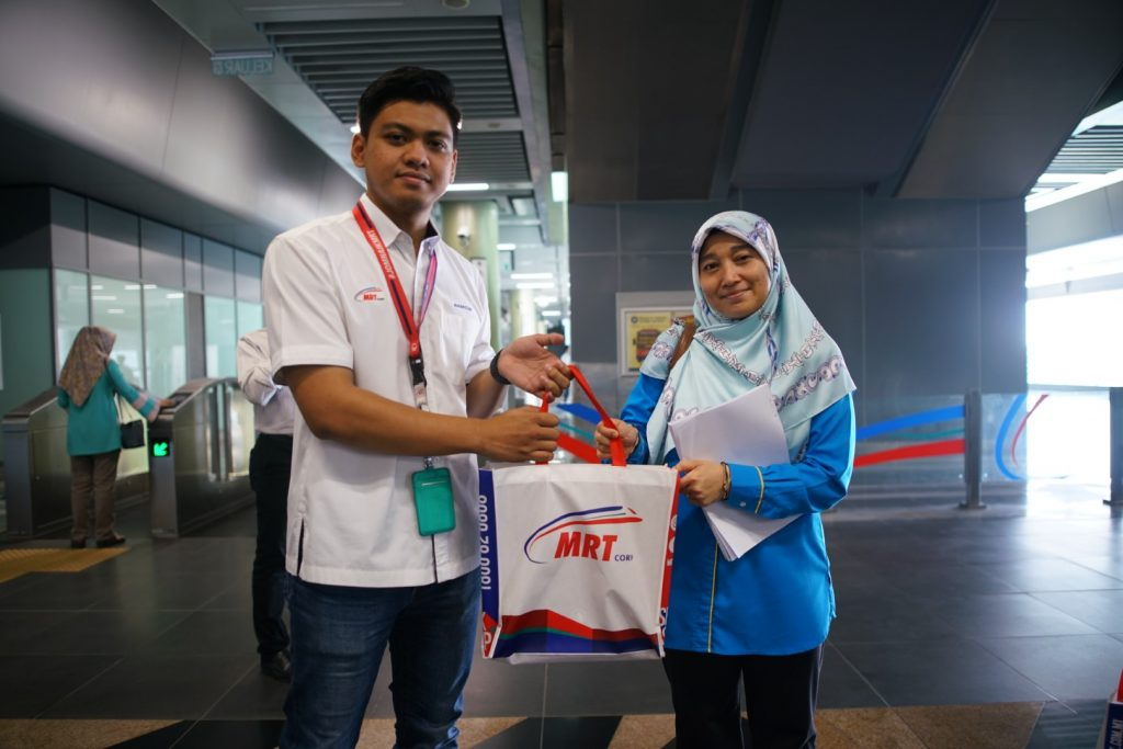 MRT-Corp-Events-July-2019-LOCAL-AUTHORITIES-VISIT-MRT-STATION-FACILITIES-5-Large-1024x683