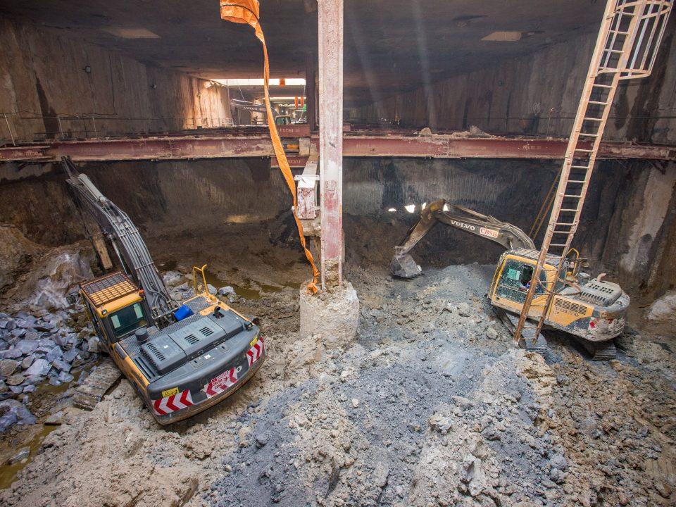 Kerja-kerja penggalian sedang dijalankan untuk peringkat akhir penggalian di tapak Bandar Malaysia Selatan.