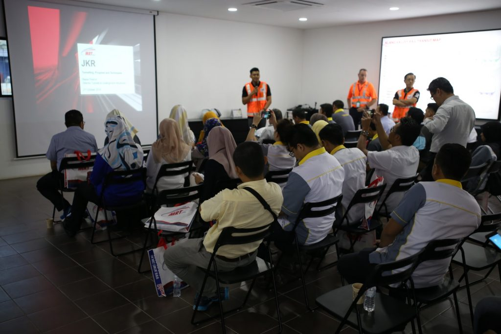 MRT-Corp-Events-October-2019-JKR-TECHNICAL-VISIT-TO-MRT-SITE-2-Large-1024x683