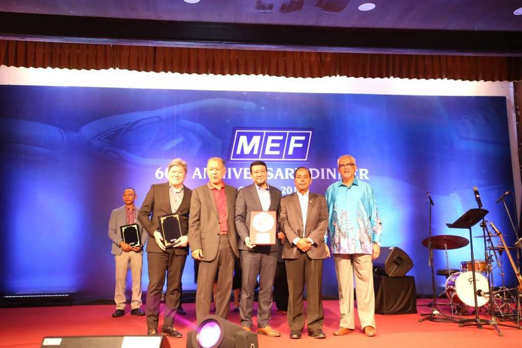 MRT-Corp-Events-October-2019-MRT-CORP-WINS-EMPLOYER-EXCELLENCE-SILVER-AWARD-1-Large-1-1024x683