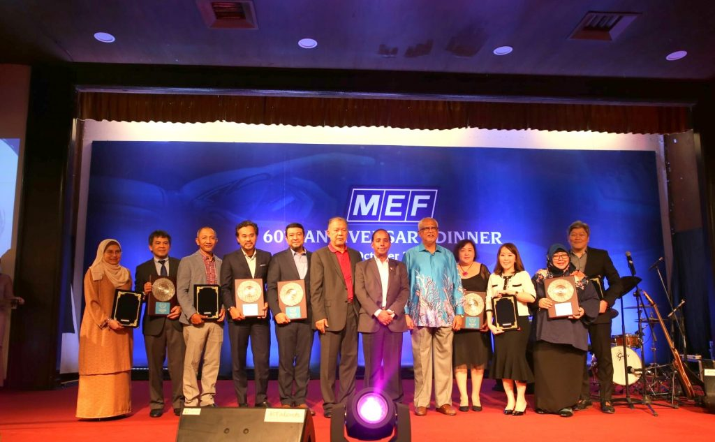 MRT-Corp-Events-October-2019-MRT-CORP-WINS-EMPLOYER-EXCELLENCE-SILVER-AWARD-3-Large-1-1024x633