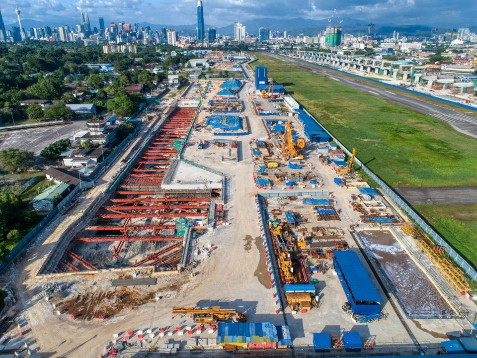 Pandangan udara Stesen MRT Bandar Malaysia Selatan.