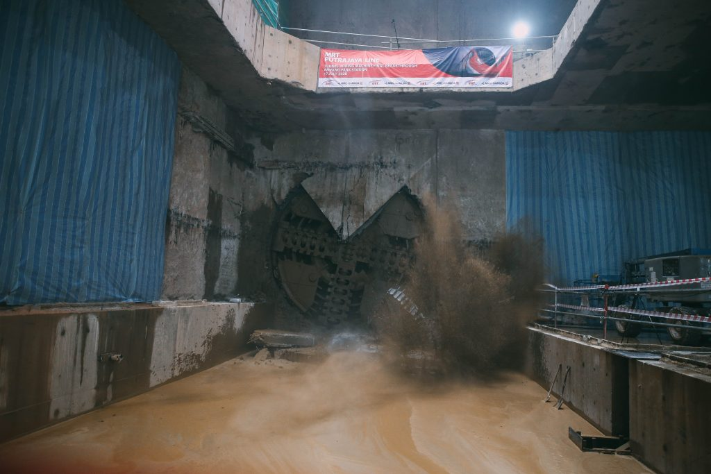 MRT-Corp-Events-July-2020-FINAL-TUNNEL-BORING-MACHINE-BREAKTHROUGH-FOR-THE-MRT-PUTRAJAYA-LINE-2-1024x683