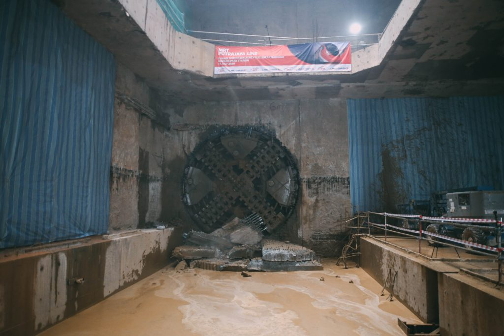 MRT-Corp-Events-July-2020-FINAL-TUNNEL-BORING-MACHINE-BREAKTHROUGH-FOR-THE-MRT-PUTRAJAYA-LINE-3-1024x683