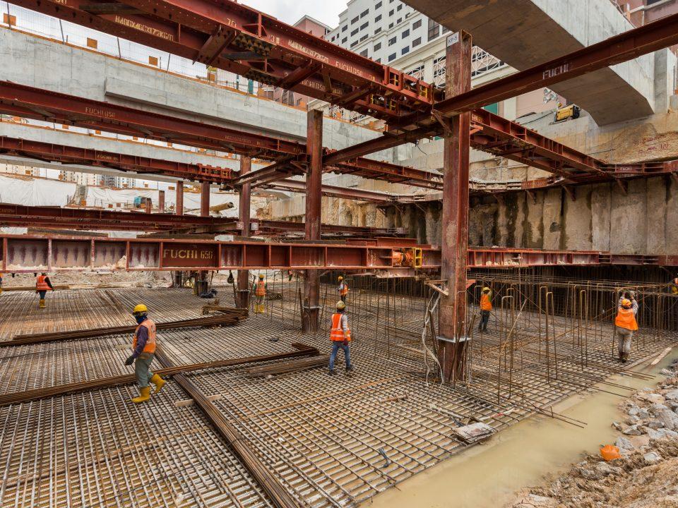 Kerja-kerja papak asas sedang dijalankan di Stesen MRT Jalan Ipoh.