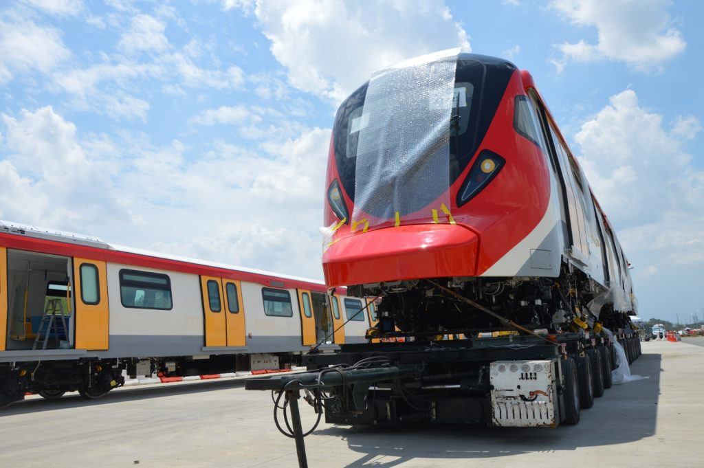 MRT-Corp-Events-August-2020-FIRST-MRT-ELECTRIC-TRAIN-DELIVERED-TO-SERDANG-DEPOT-3-Large-1024x681