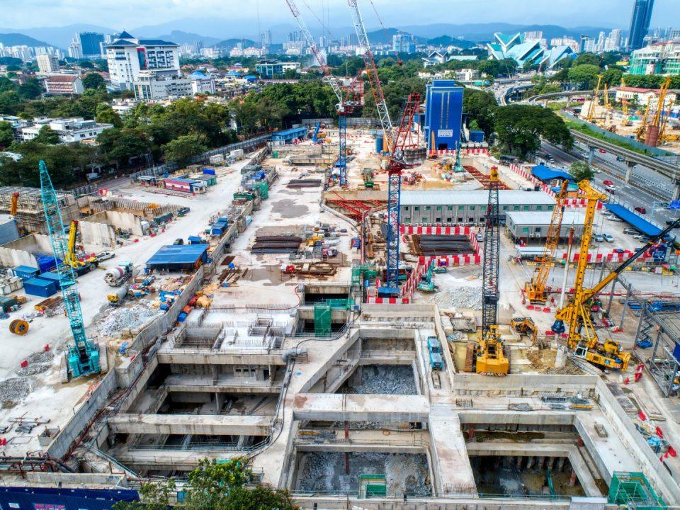 Pandangan udara tapak pembinaan Stesen MRT Titiwangsa.