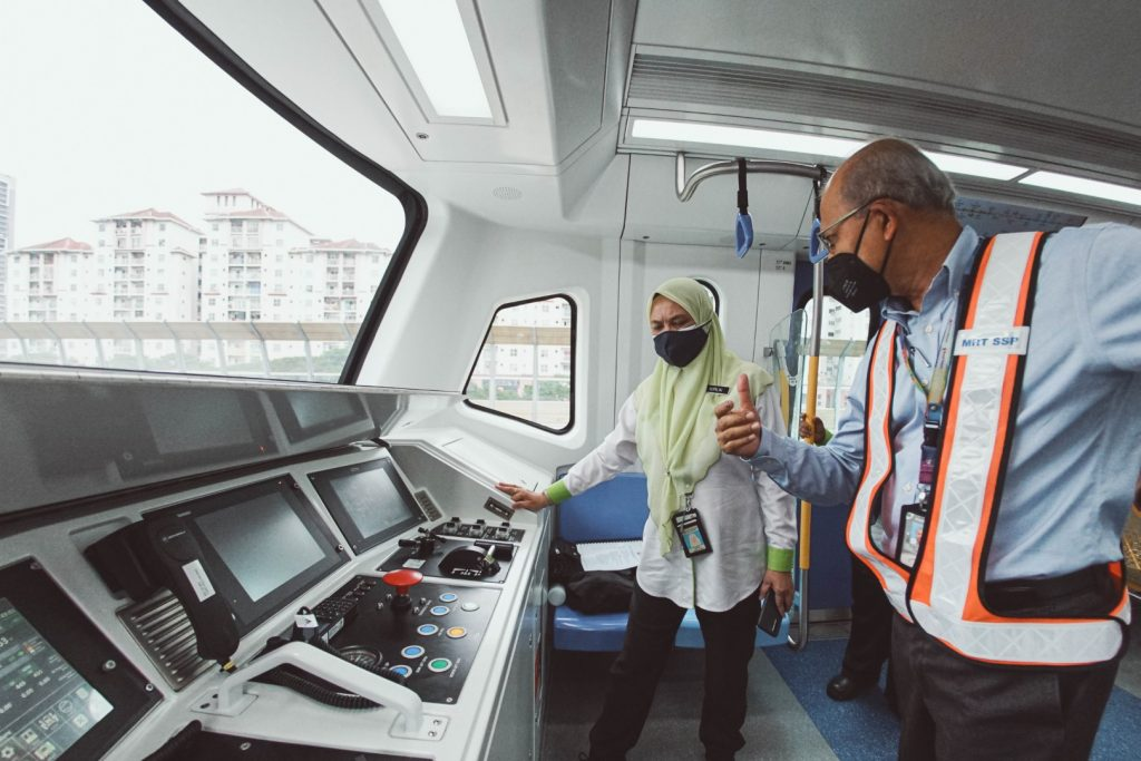 MRT-Corp-Events-August-2021-MRT-Putrajaya-Line-Phase-One-Working-Visit-by-DOE-Director-General-5-Large-1024x683