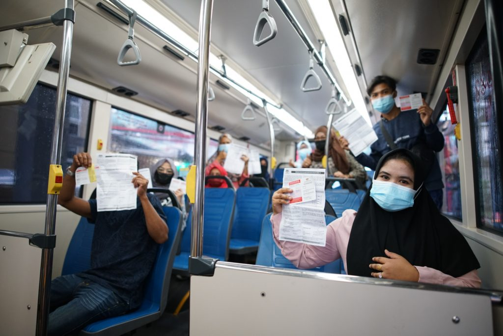 MRT-Corp-Events-July-2021-MMRT-CORP-CONTINUES-TRANSPORTATION-FOR-COVID-19-VACCINATION-4-1024x684